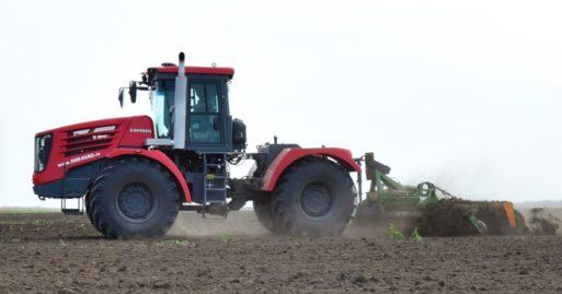 Трактор - КИРОВЕЦ К-742 «ПРЕМИУМ» (К-744Р4)